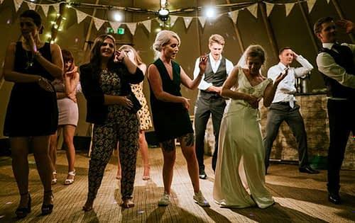Ireland's 5 Most Popular Wedding Bands
